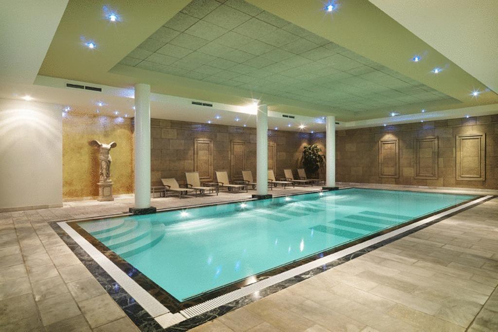 Luxe hotel met zwembad en wellness